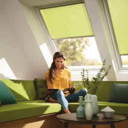 Finestre e soluzioni per tetti e mansarde velux habitat for Tapparelle per velux